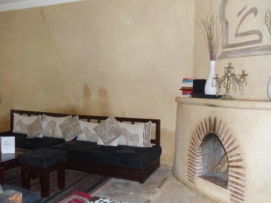 Riad Karmanda : sitting area