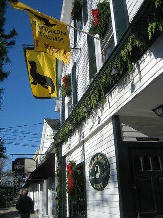Black Seal: Outside front of restaurant
