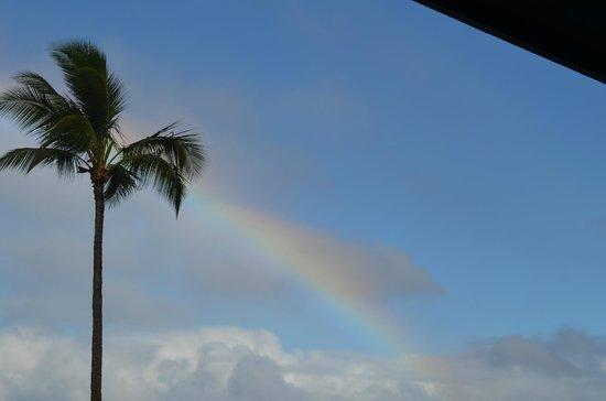 Noelani Condominium Resort: Rainbow view from the lanai