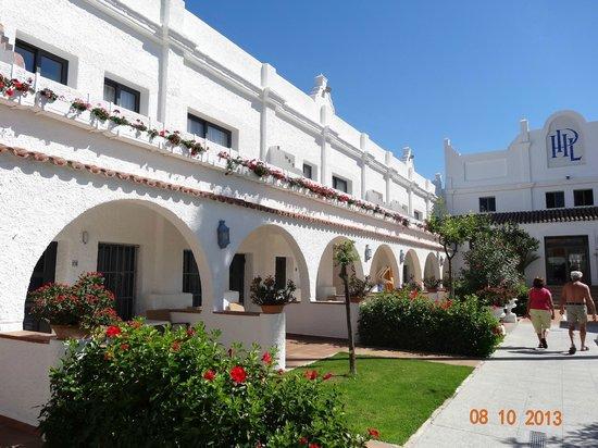 Hotel Playa de la Luz: Teilansicht der wunderschönen anlage