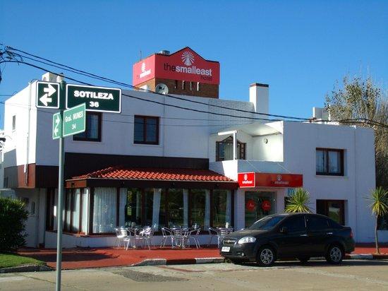 The SmallEast Hotel: Fachada