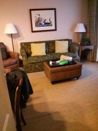 Homewood Suites by Hilton Richmond-West End: King Business room separate from Bedroom
