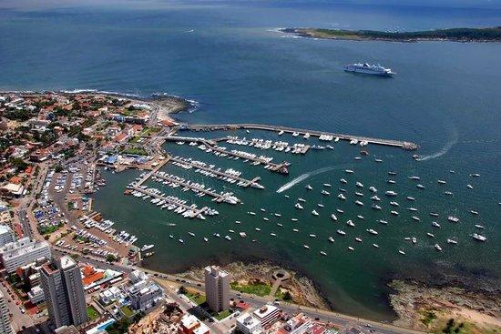Excellence Turismo Day Tours: Puerto de Punta del Este