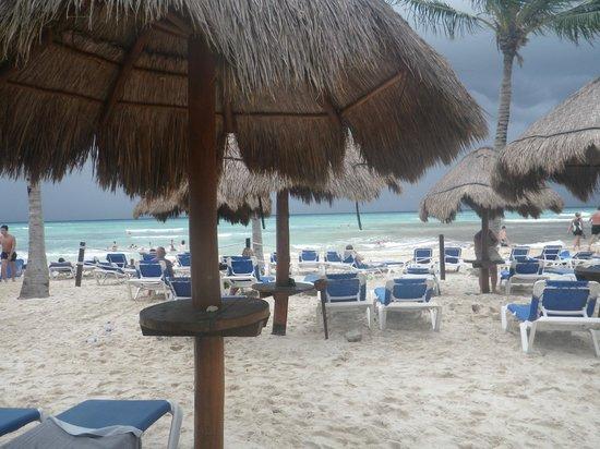 Grand Sunset Princess All Suites Resort : plage