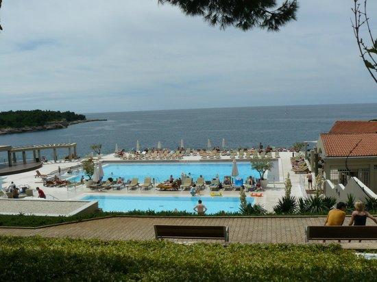 Verudela Beach & Villa Resort: бассейн