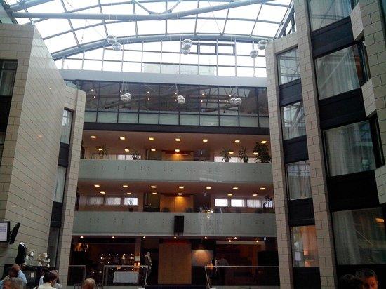 Grand Hotel Reykjavik: hall