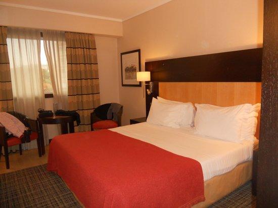 SANA Lisboa Hotel: stanza matrimoniale