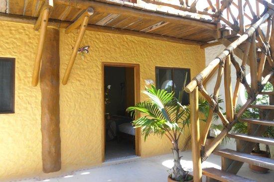 Hotel Casa Lupita : Esta era la habitación vista desde un patio