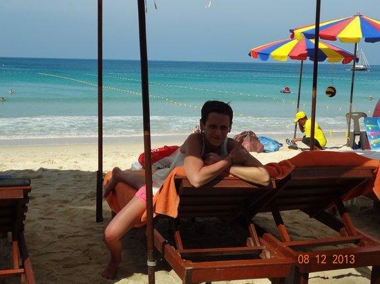 Novotel Phuket Surin Beach Resort.: Пляж, посмотрите какой белый песок, а какая прозрачная вода!!!!