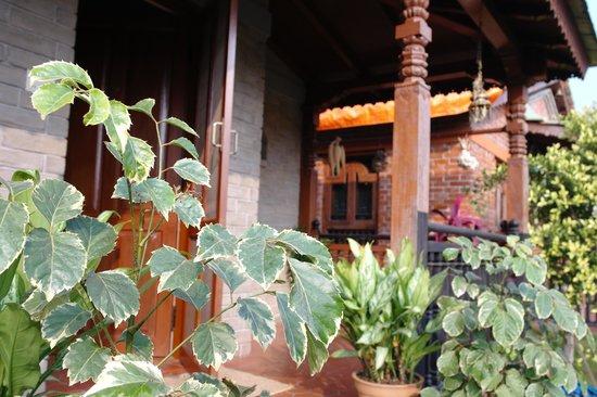 Vardan Resort n' Apartment: clean and green