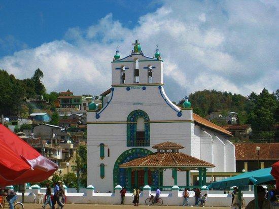 San Juan Chamula: Plaza Principal de Sn. Juan Chamula.