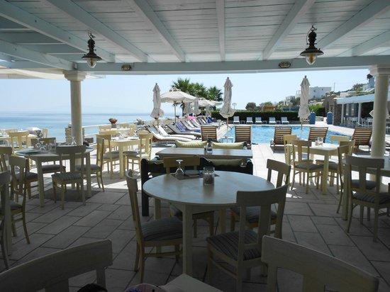 Saint George Hotel: Poolbar