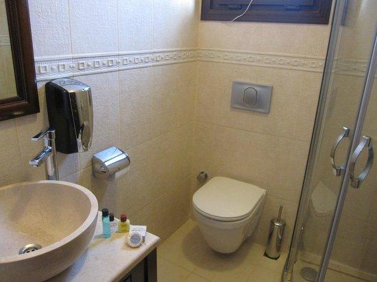 Osmanhan Hotel: Toilet