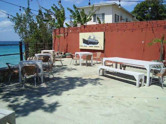 Pushcart Restaurant &  Bar: view of Pushcart