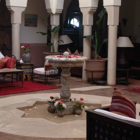 Dar Liqama: The centre fountain of the raid