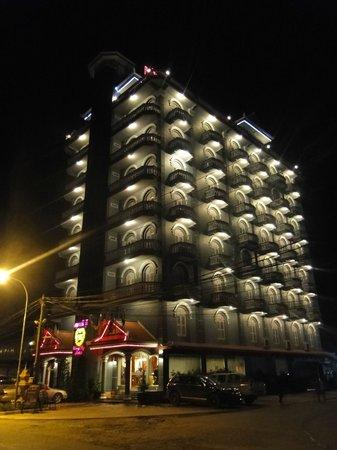 King Fy Hotel : Hotel