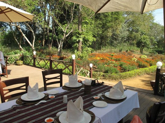 Terrace picture of the club terrace food lounge pyin oo for The terrace bar and food