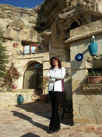 4ODA Cave House: Bahçe