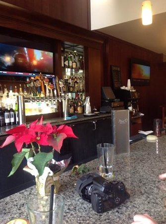 Silver Cloud Hotel Bellevue - Eastgate: bar del hotel