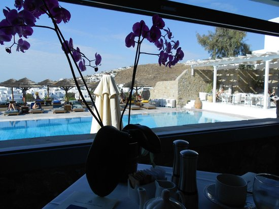 Myconian Ambassador Relais & Chateaux Hotel : Vom Frühstücksraum aus