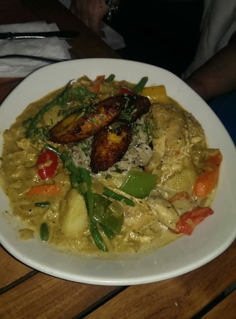 The Grand Marlin of Pensacola Beach: Chicken Curry