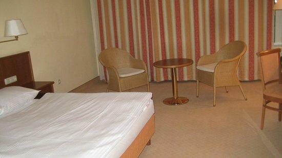 Hotel Alexandersbad: Das Bett ist sehr gut.
