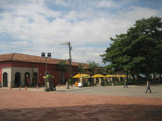 Hotel La Posada De Mi Viejo : Museo en Plaza de Comayagua