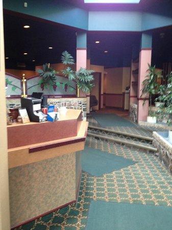 K Motel Dining Room: reception