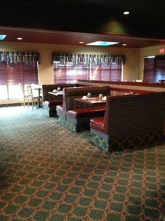 K Motel Dining Room: family dining
