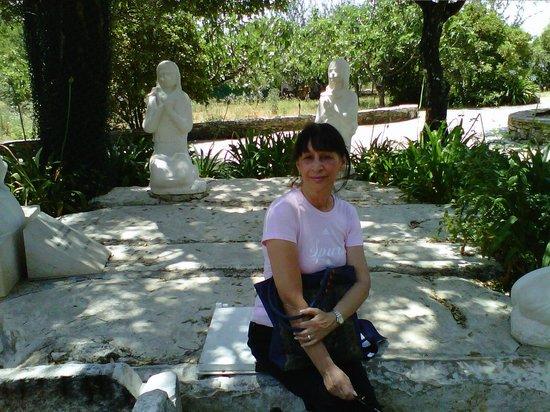 Shrine of our Lady of the Rosary of Fatima: Lugar de apacion del Angel a los pastorcitos