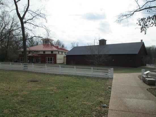 Ulysses S. Grant National Historical Site: Barn and Vistor Center