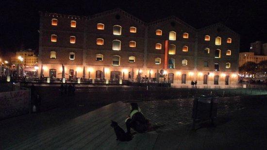 Equity Point Sea - Hostel Barcelona: Lugar próximo.