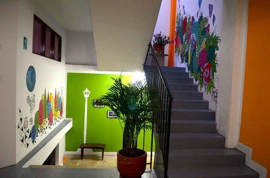 Minka Hostel: Hall