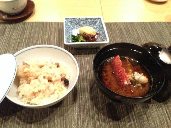 Toba Hotel International: 夕食