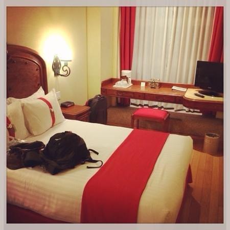 Zocalo Central: room 303