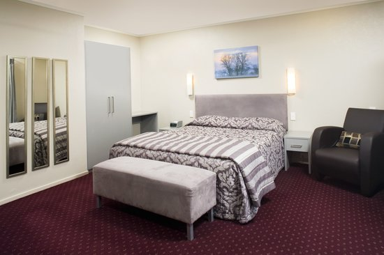 Manukau Motor Lodge: Studio Executive