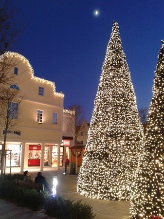 The Style Outlets: Christmas trees in the entrance