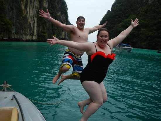 Phuket Sail Tours : Jumping off the boat