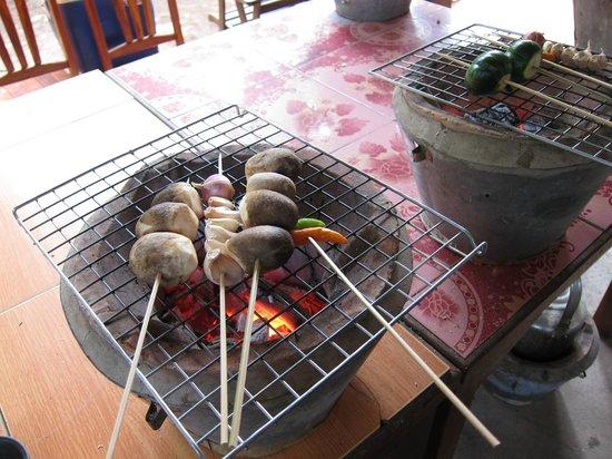 Lao Experiences: BBQ-ing the mushroom