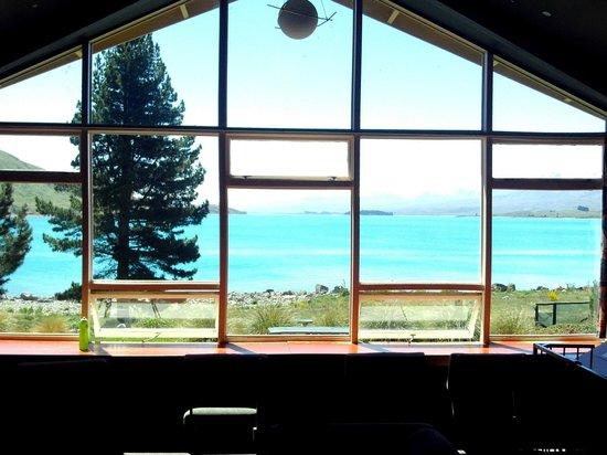 YHA Lake Tekapo: Vue depuis le salon sur le lac