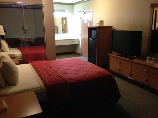 Comfort Inn and Suites: View of room 316 side 2.