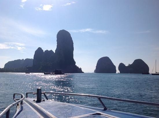 Centara Grand Beach Resort & Villas Krabi: short trip to neighbouring Railay
