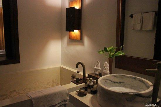 The Kala Samui : Bathroom