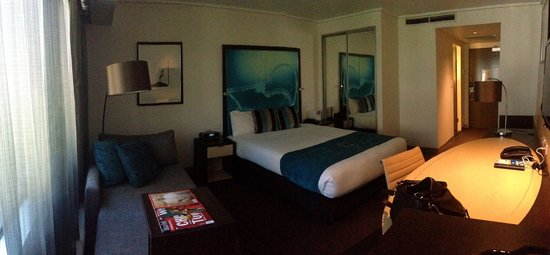 Novotel Melbourne on Collins: Standard room (Room 817) facing main street with queen size bed.