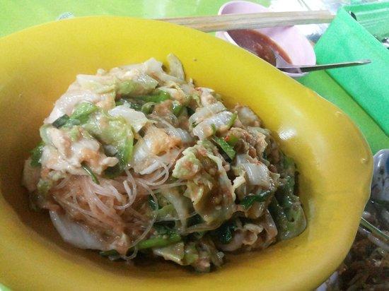 """Khon Kaen's Day & Night Markets : """"Su-ki Haeng"""" (dry Thai-style Sukiyaki)"""