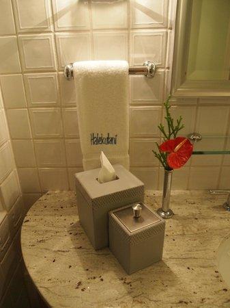 Halekulani Hotel : bathroom