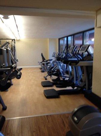 The Duke Hotel Newport Beach : more cardio equipment