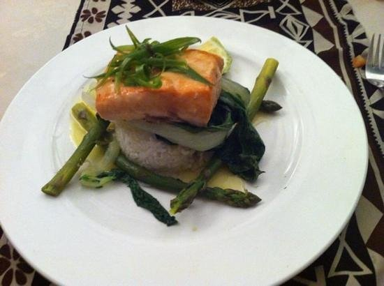 Fiji Hideaway Resort & Spa: dinner, salmon