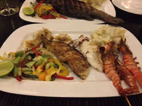 The Grill House : Mix grill seafood
