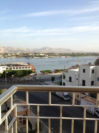 Eatabe Luxor Hotel : Balcony